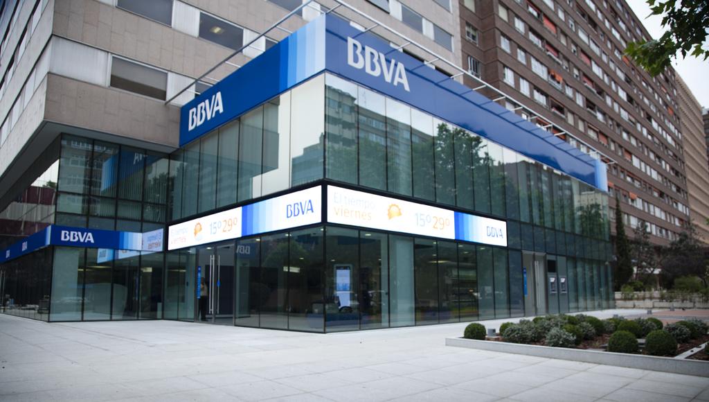 BBVA condemnat per cobrar comissions en un compte obert només per al pagament de la hipoteca