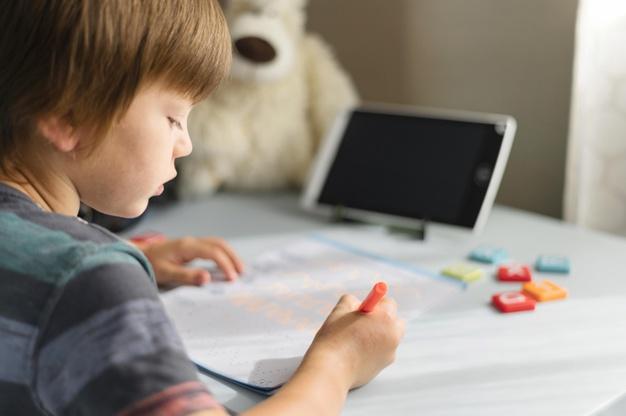 EDUCACIÓN FINANCIERA: Te explicamos cómo enseñársela a tus hijos